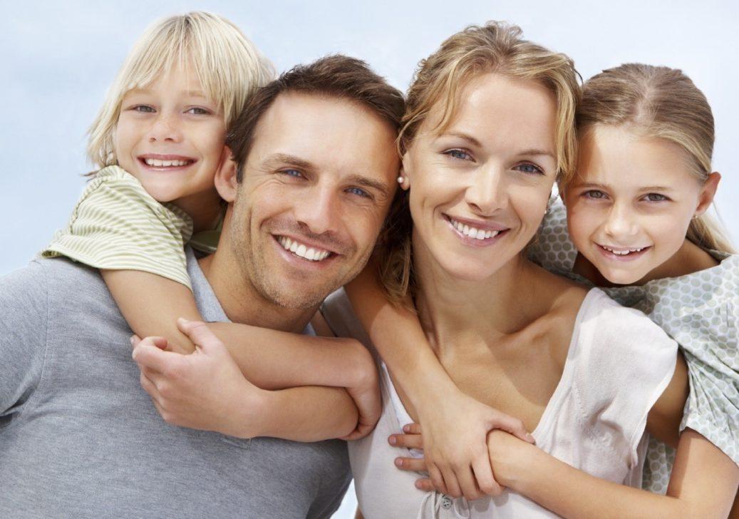 333237-happy-family-1